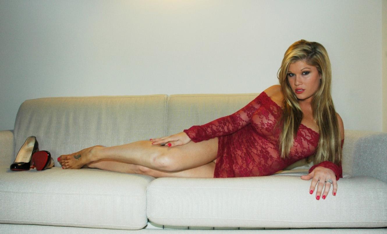 gabriella-scanio-red-passion-001