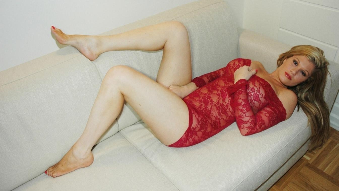 gabriella-scanio-red-passion-006
