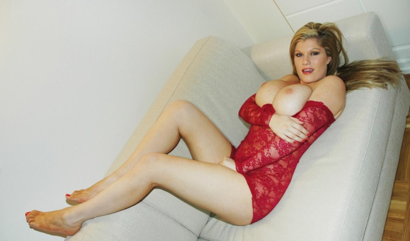 gabriella-scanio-red-passion-009