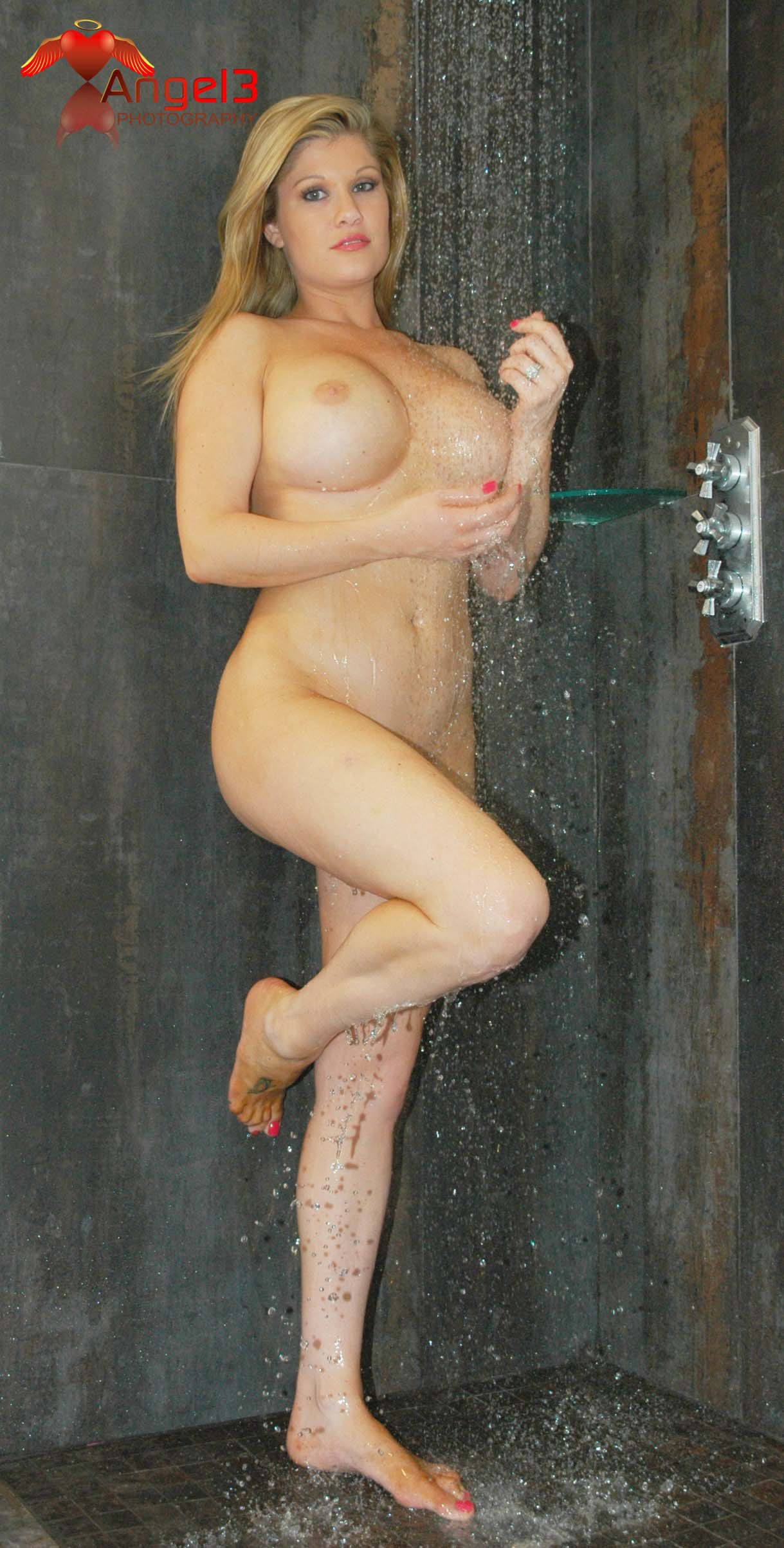 whore-wife-brie-randall-012p