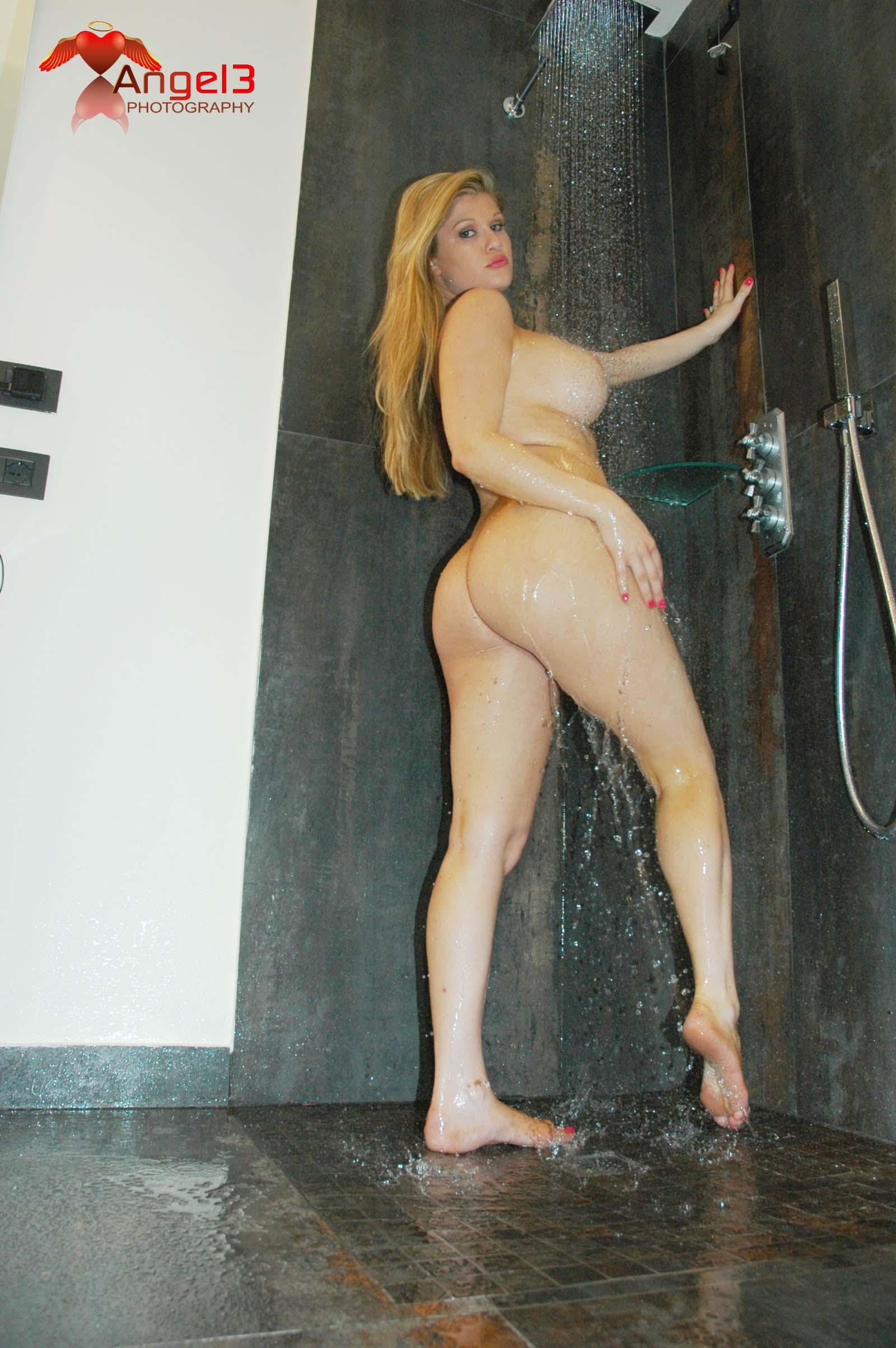 whore-wife-brie-randall-013p